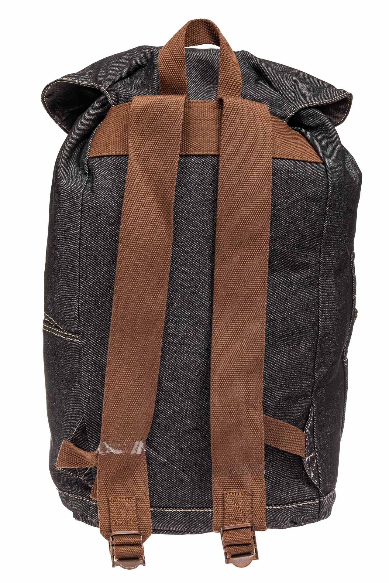 На фото 3 - Городской рюкзак мужской из джинсовой ткани, цвет темно-серый