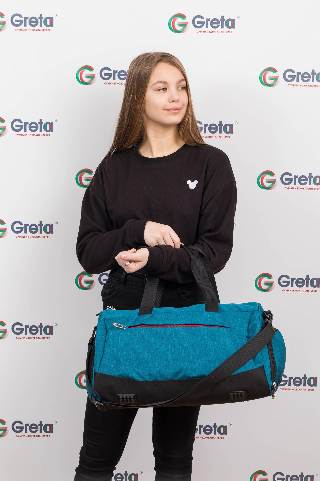На фото 4 - Вместительная дорожная сумка, цвет голубой