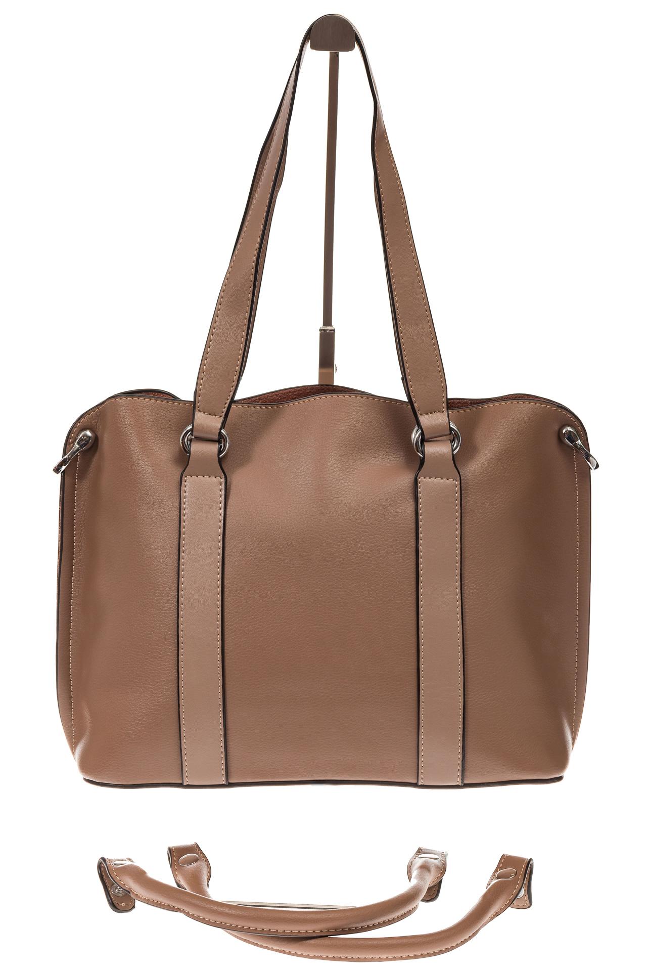На фото 3 - Бежево-пудровая сумка-трансформер из натуральной кожи