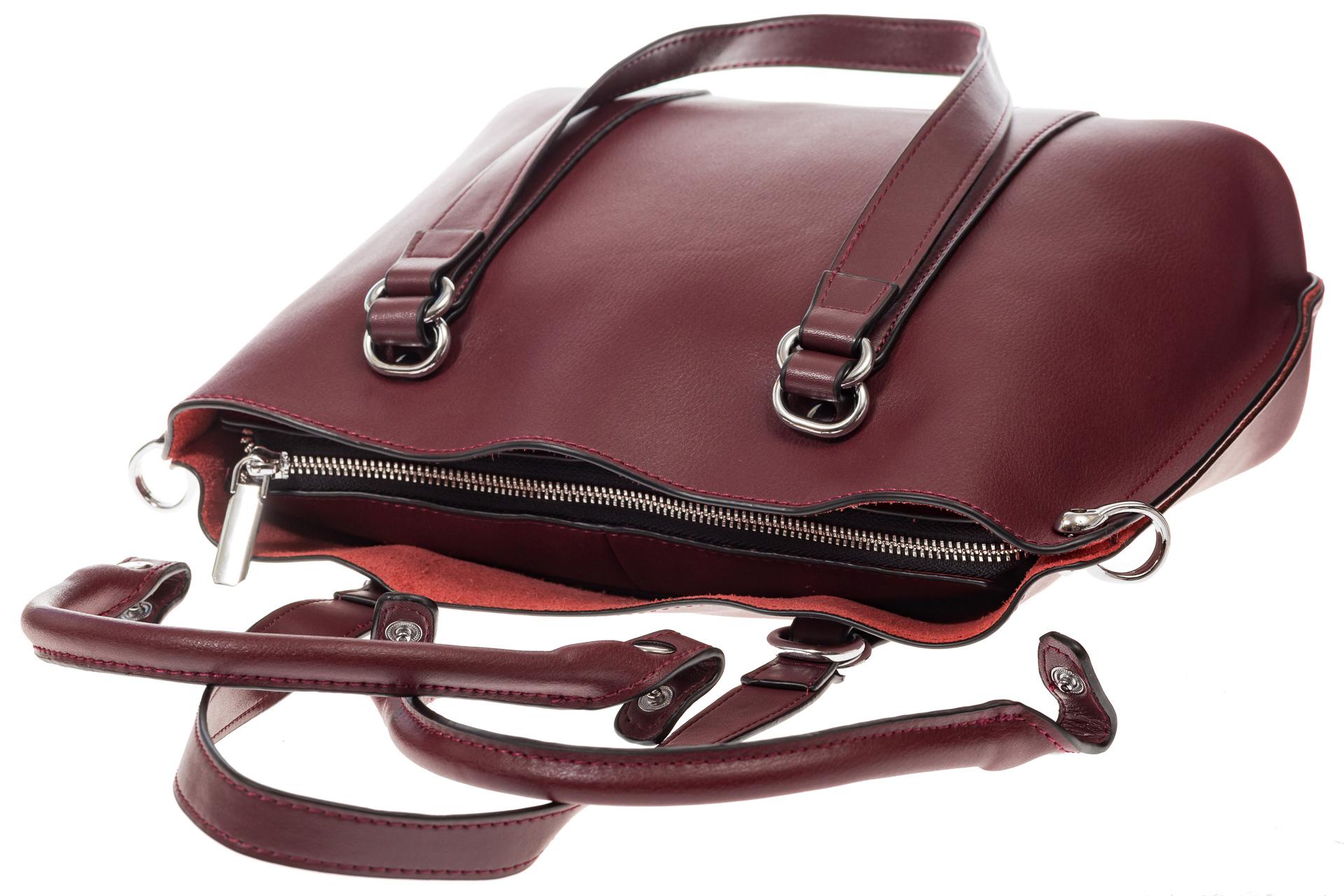 На фото 4 - Бордовая сумка-трансформер из натуральной кожи