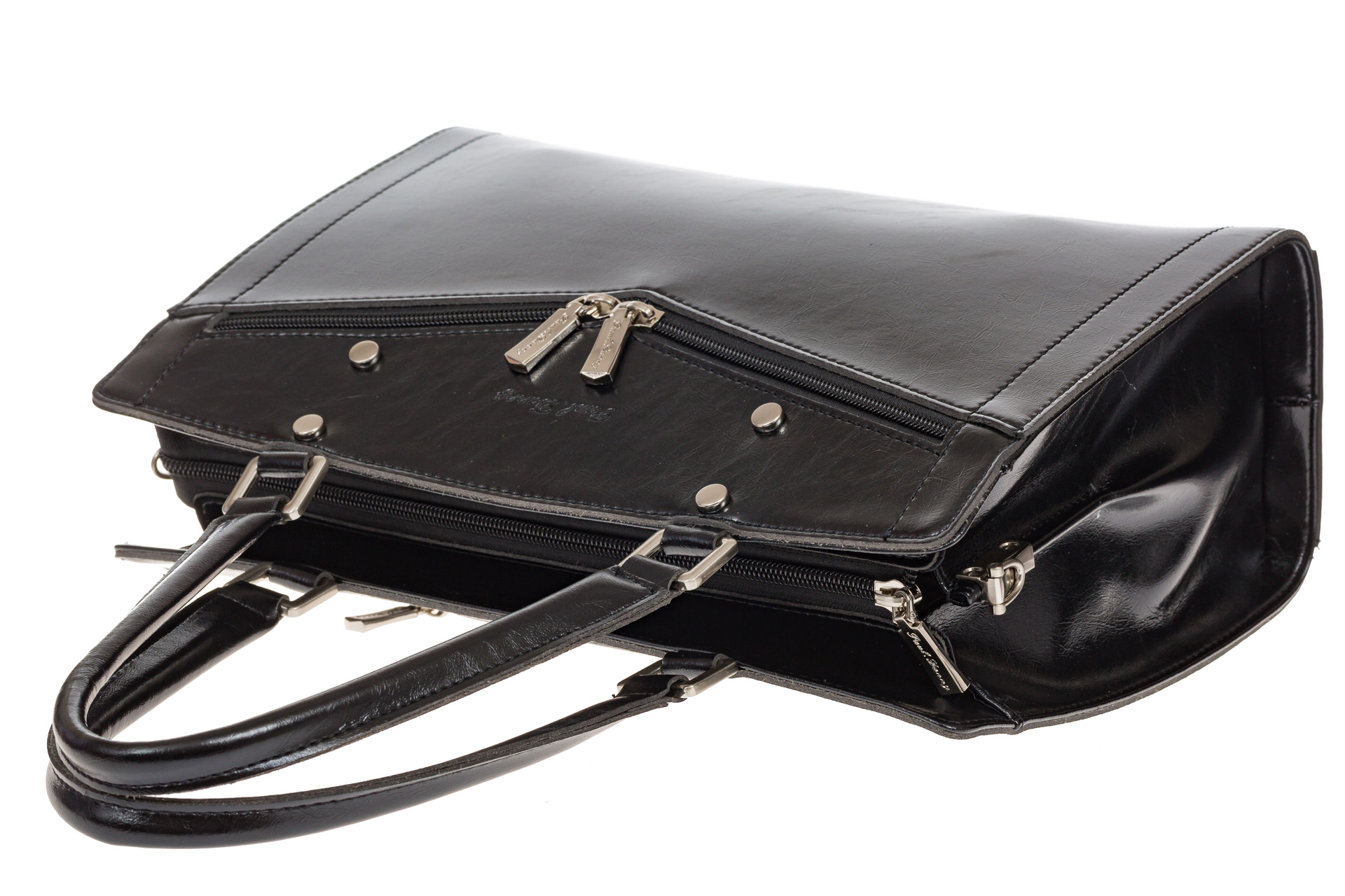 На фото 4 - Черная женская сумка из натуральной кожи для офиса