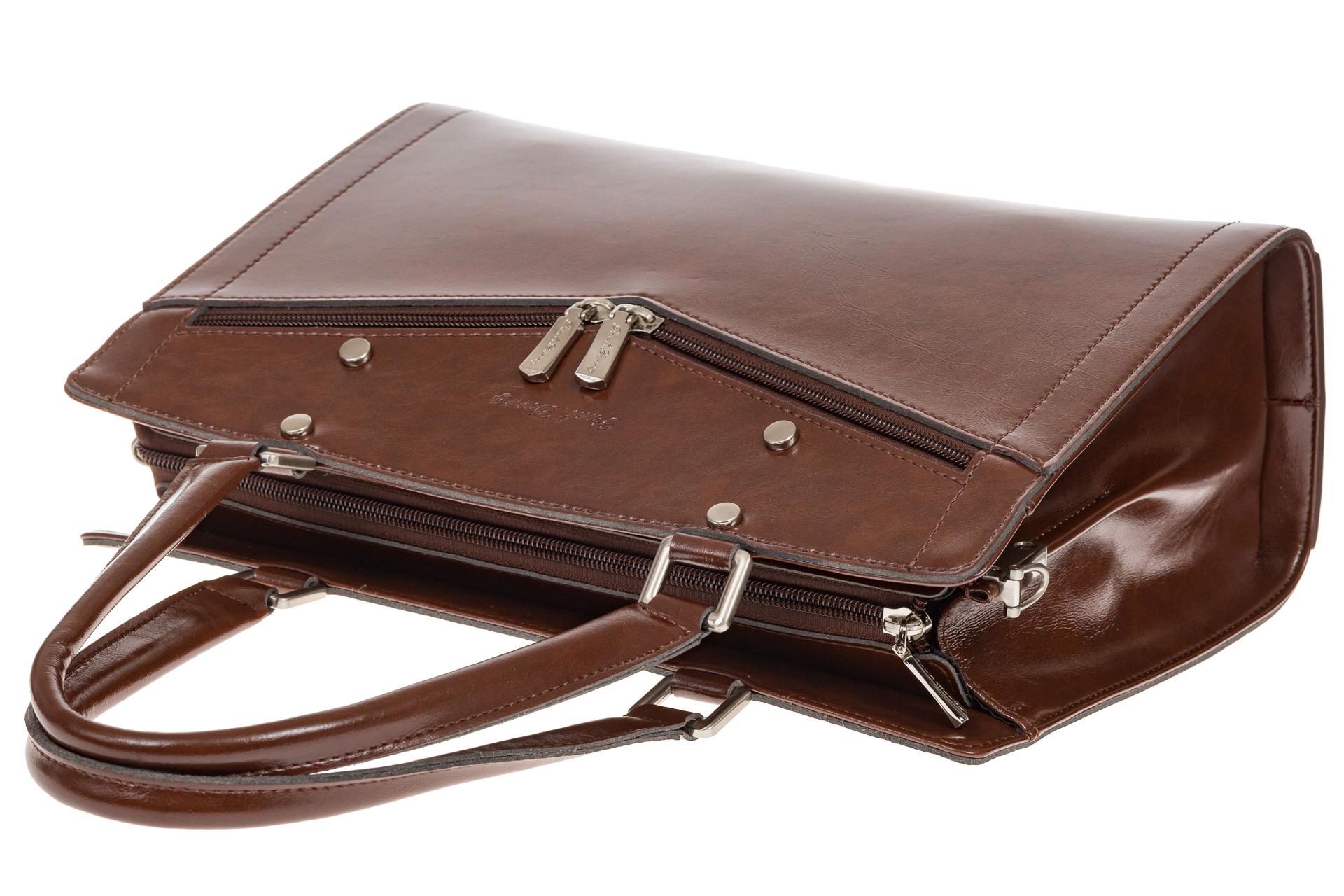 На фото 4 - Коричневая женская сумка из натуральной кожи для офиса