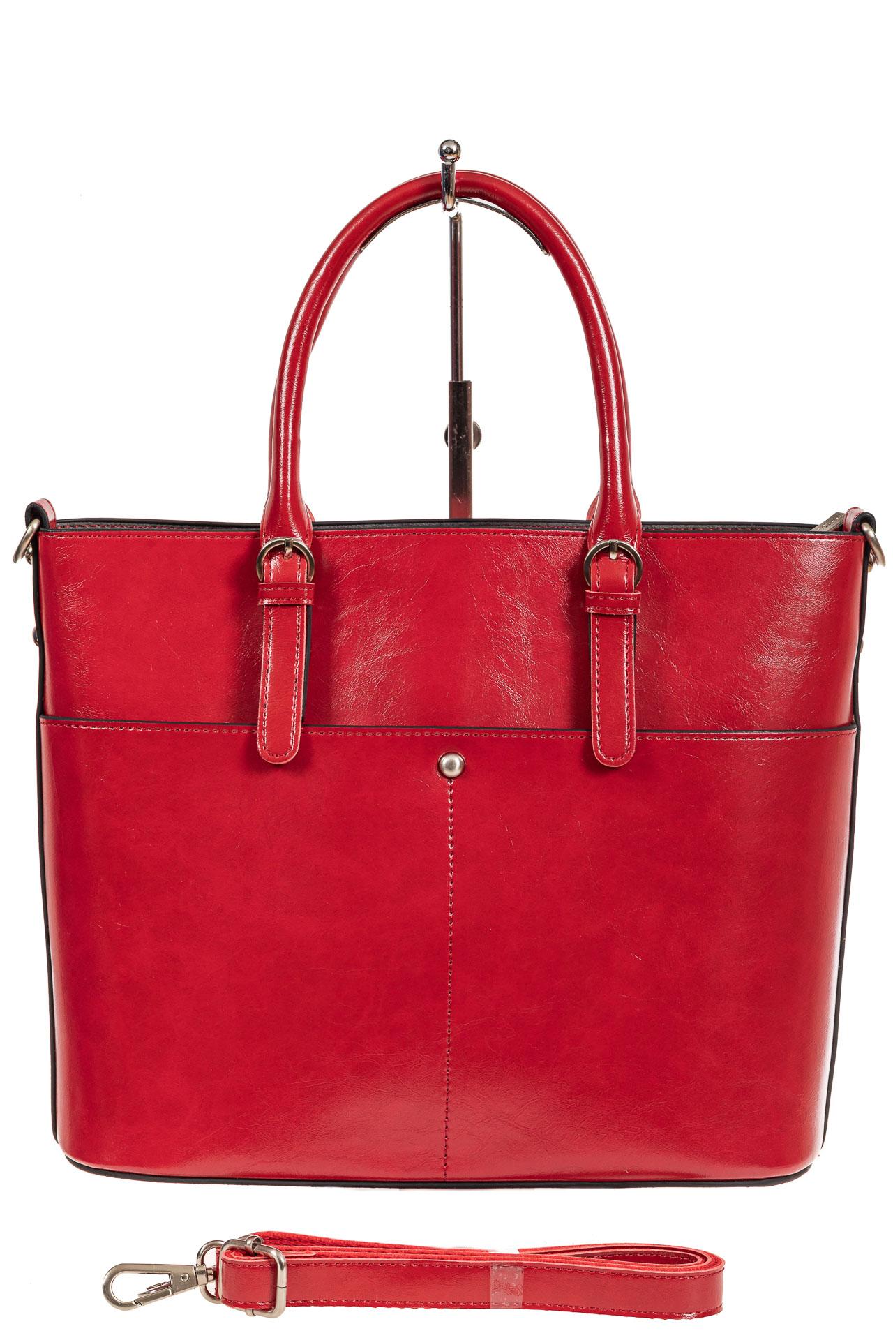 На фото 3 - Классический кожаный тоут, цвет красный