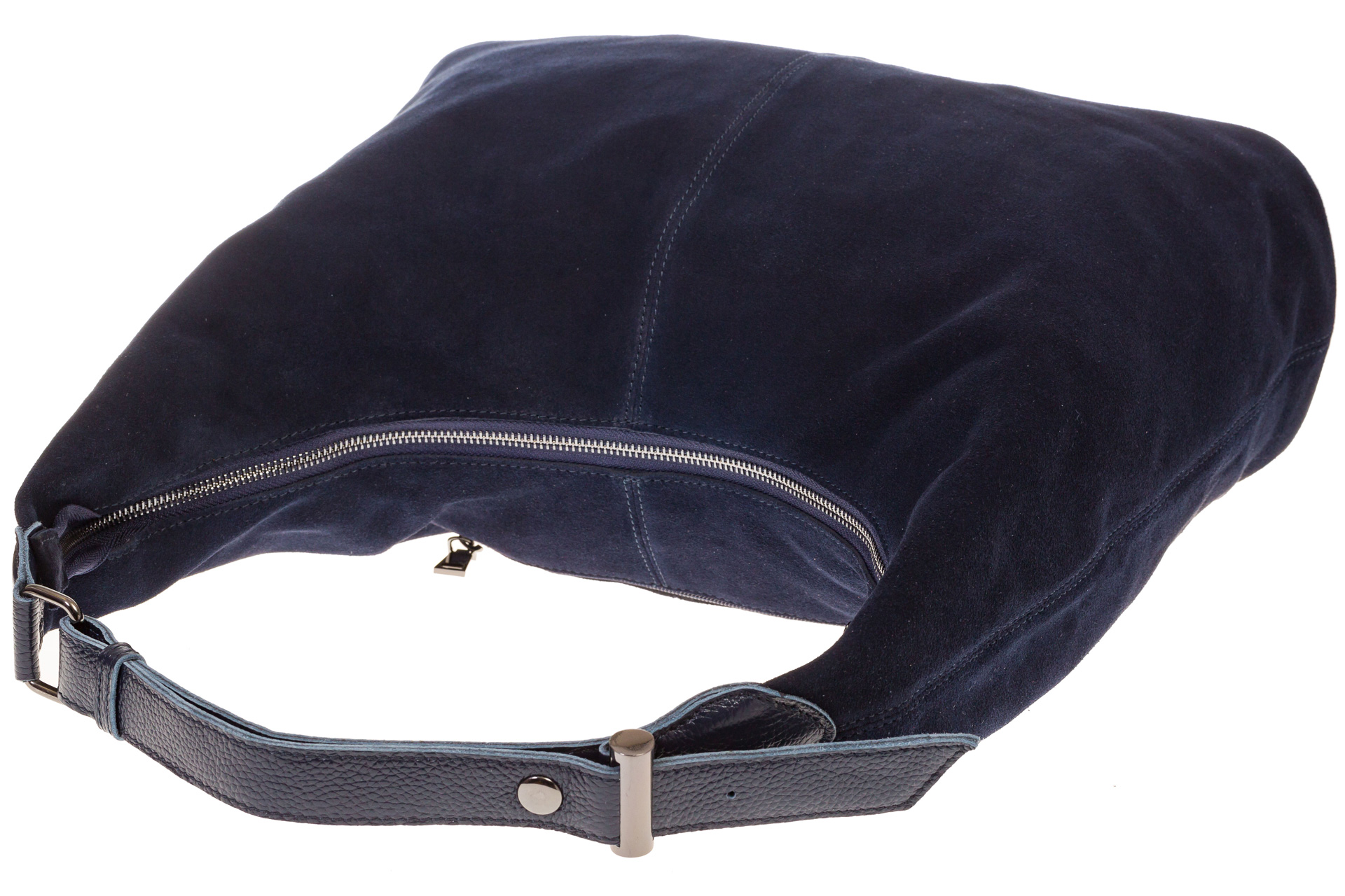 На фото 4 - Классическая сумка хобо из натуральной замши синего цвета