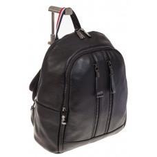 На фото 1 - Кожаный рюкзак черного цвета для женщин 7112