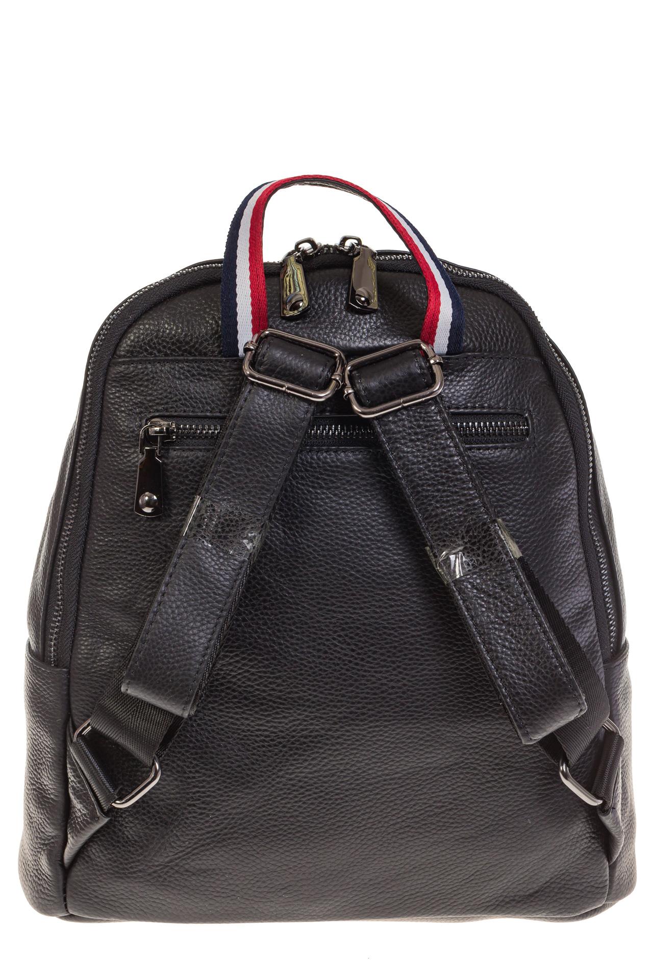 На фото 3 - Кожаный рюкзак черного цвета для женщин 7112