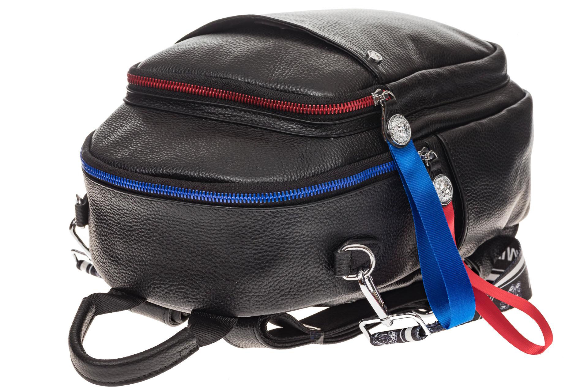 На фото 4 - Женский рюкзак из натуральной кожи, цвет черный