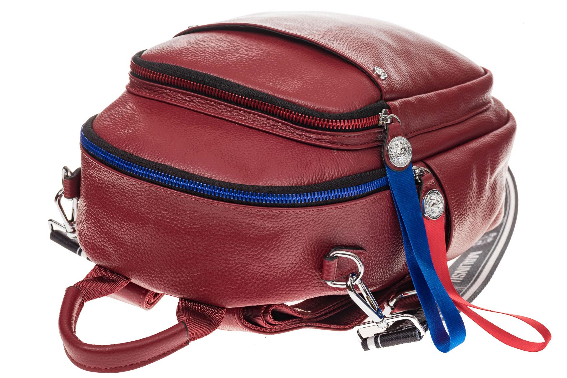 На фото 4 - Женский рюкзак из натуральной кожи, цвет красный