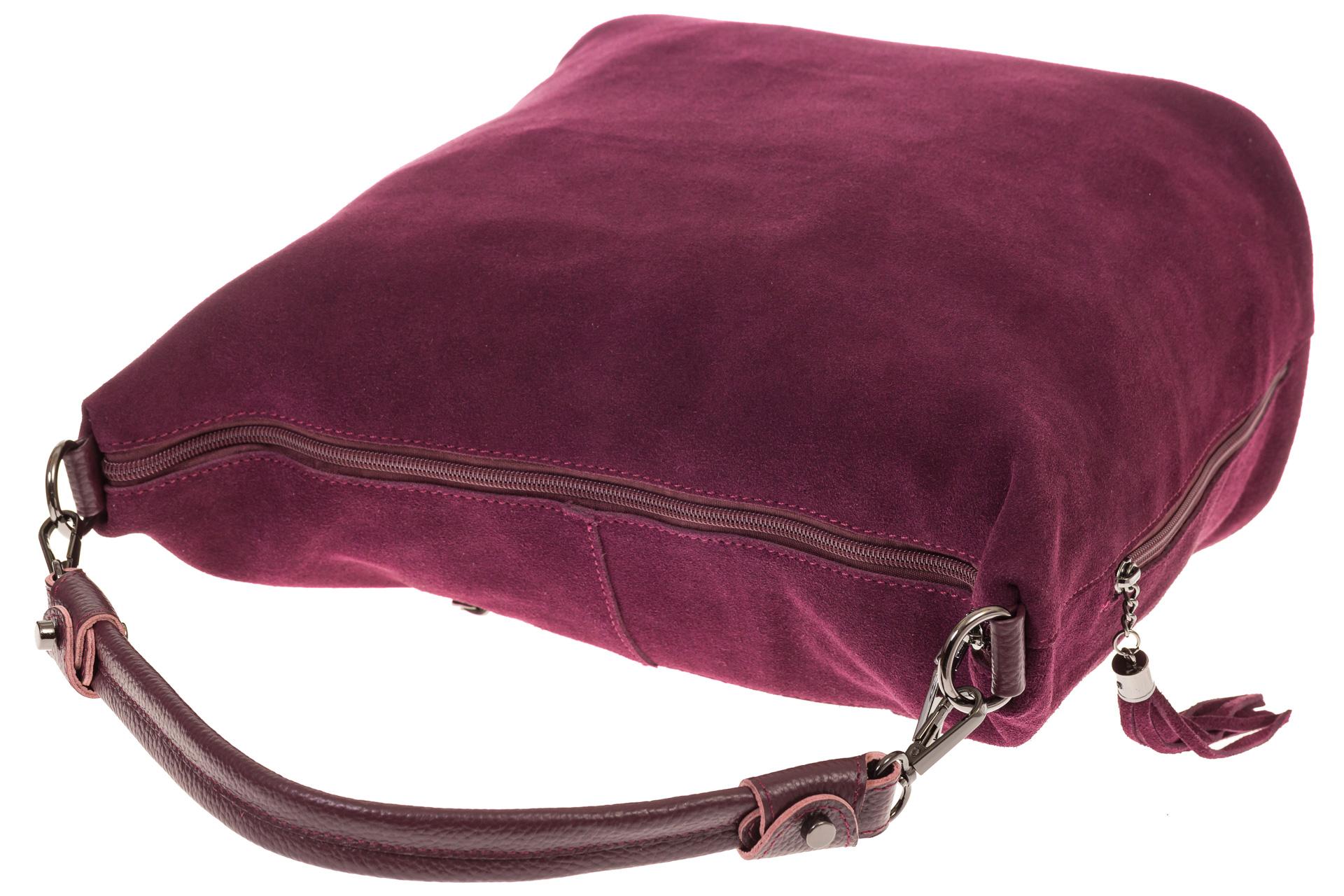 На фото 4 - Сумка хобо из натуральной замши бордового цвета