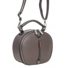 На фото 1 - Круглая сумочка кросс-боди из фактурной экокожи, цвет тёмно-серый
