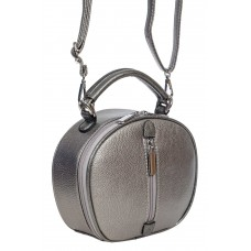 На фото 1 - Круглая сумочка кросс-боди из фактурной экокожи, цвет металлик