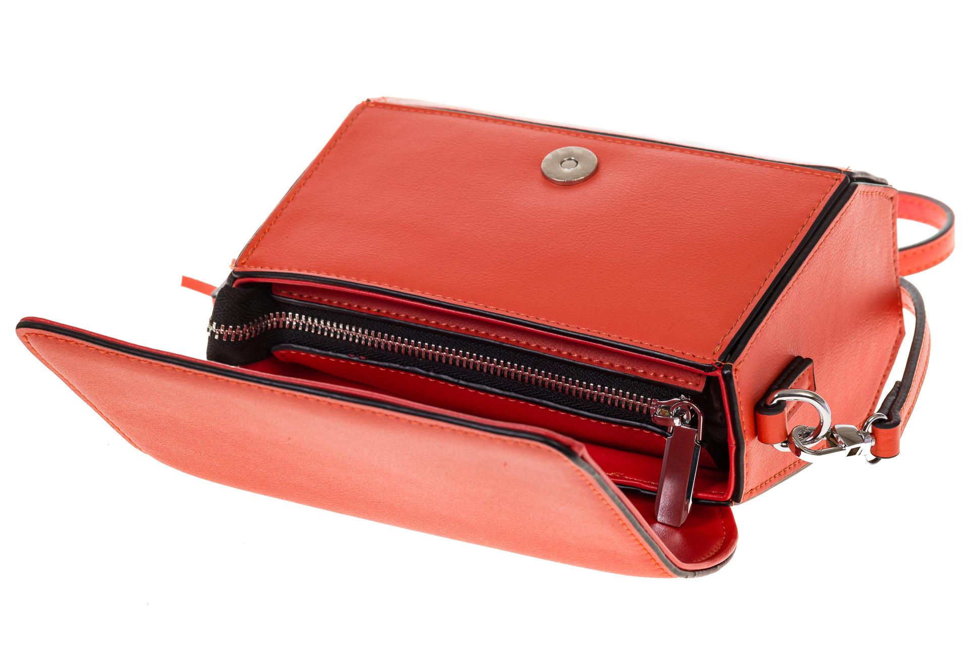 На фото 4 - Маленькая сумочка из натуральной кожи красного цвета 8002MK5