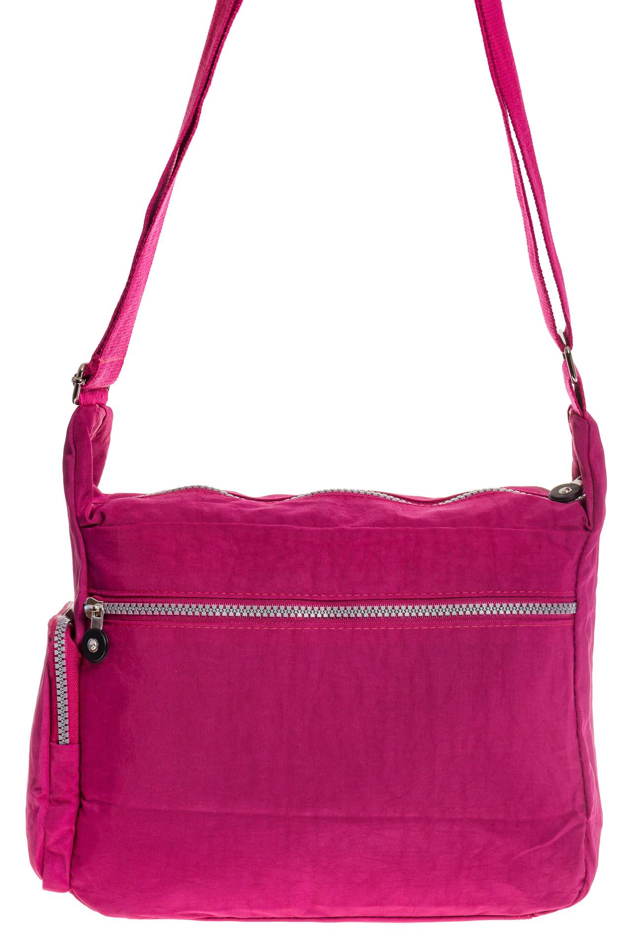 На фото 3 - Малиновая текстильная сумка с множеством карманов