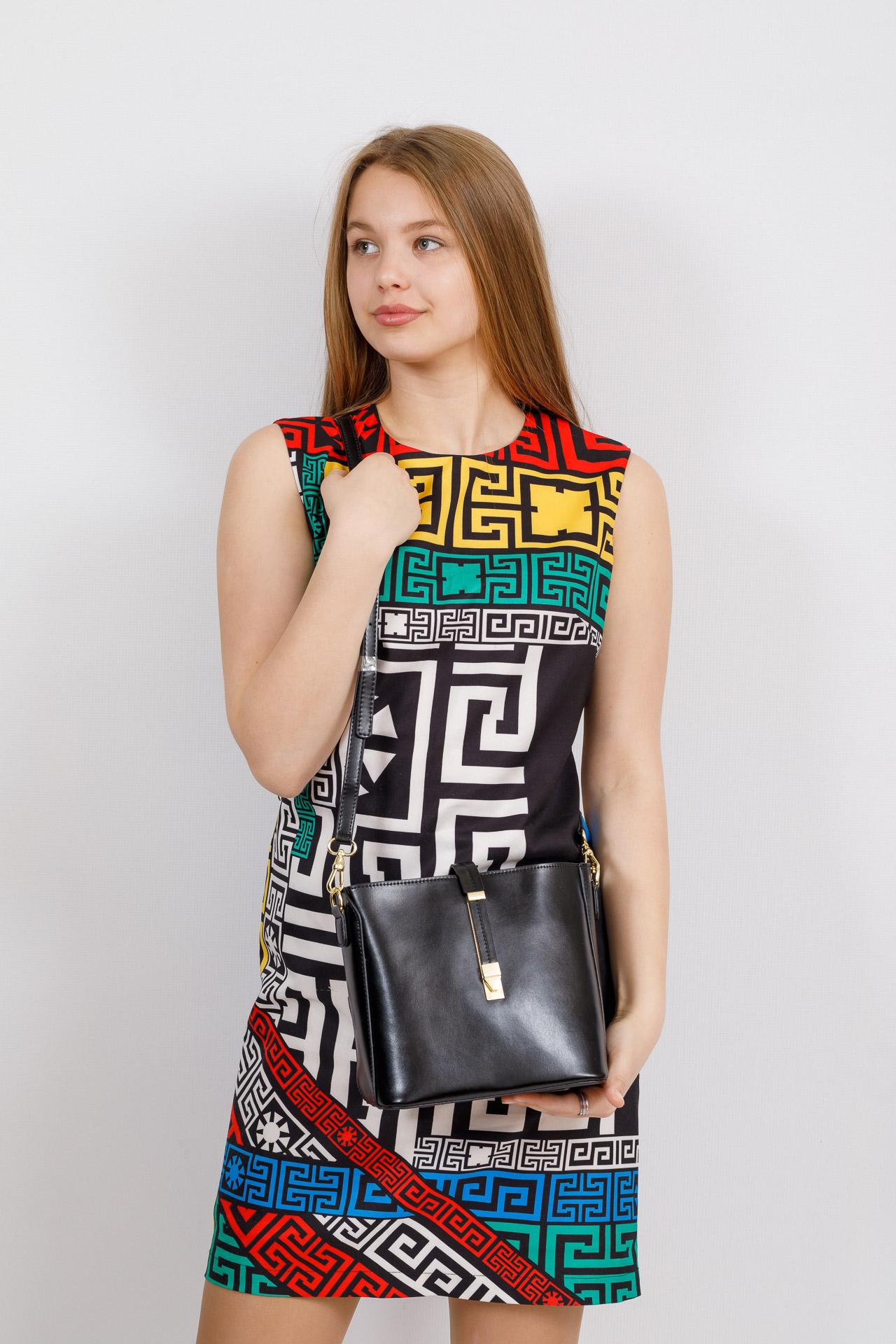 На фото 4 - Женская сумка из натуральной кожи, цвет черный