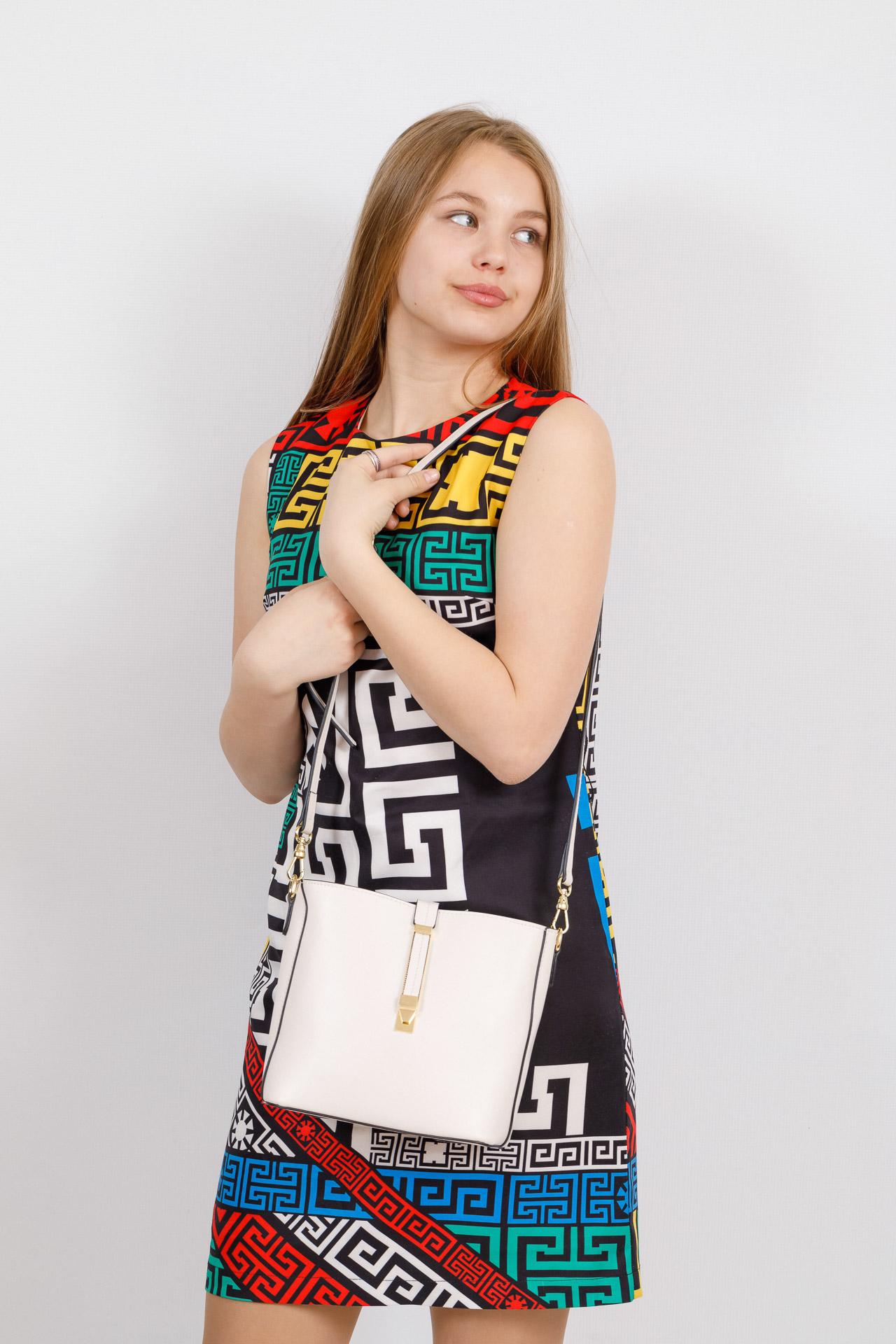На фото 4 - Женская сумка из натуральной кожи, цвет белый