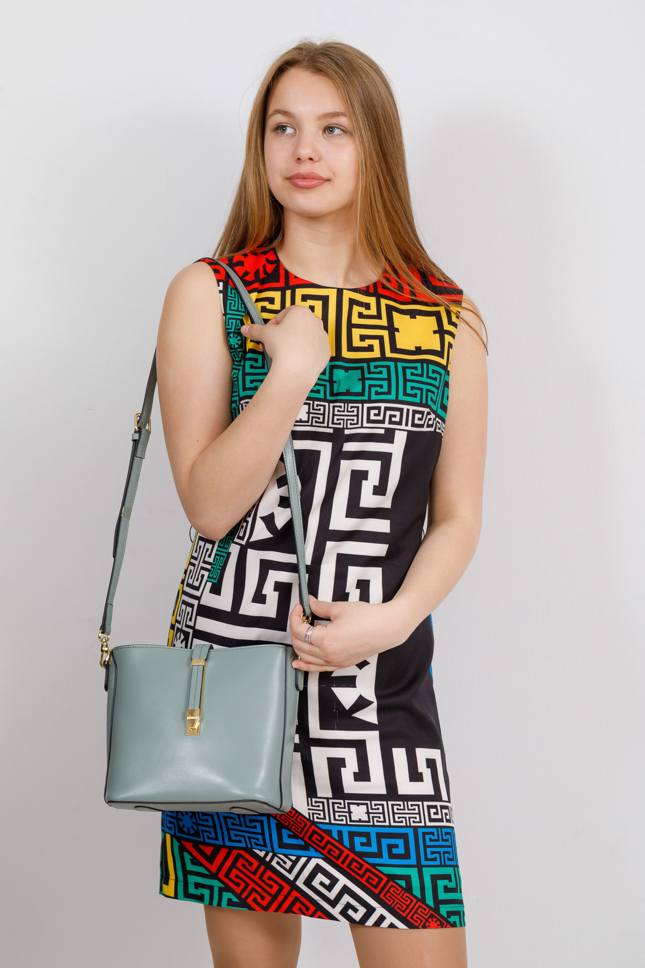 На фото 4 - Женская сумка из натуральной кожи, цвет мята
