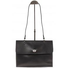 На фото 2 - Мягкая сумка из натуральной кожи черного цвета