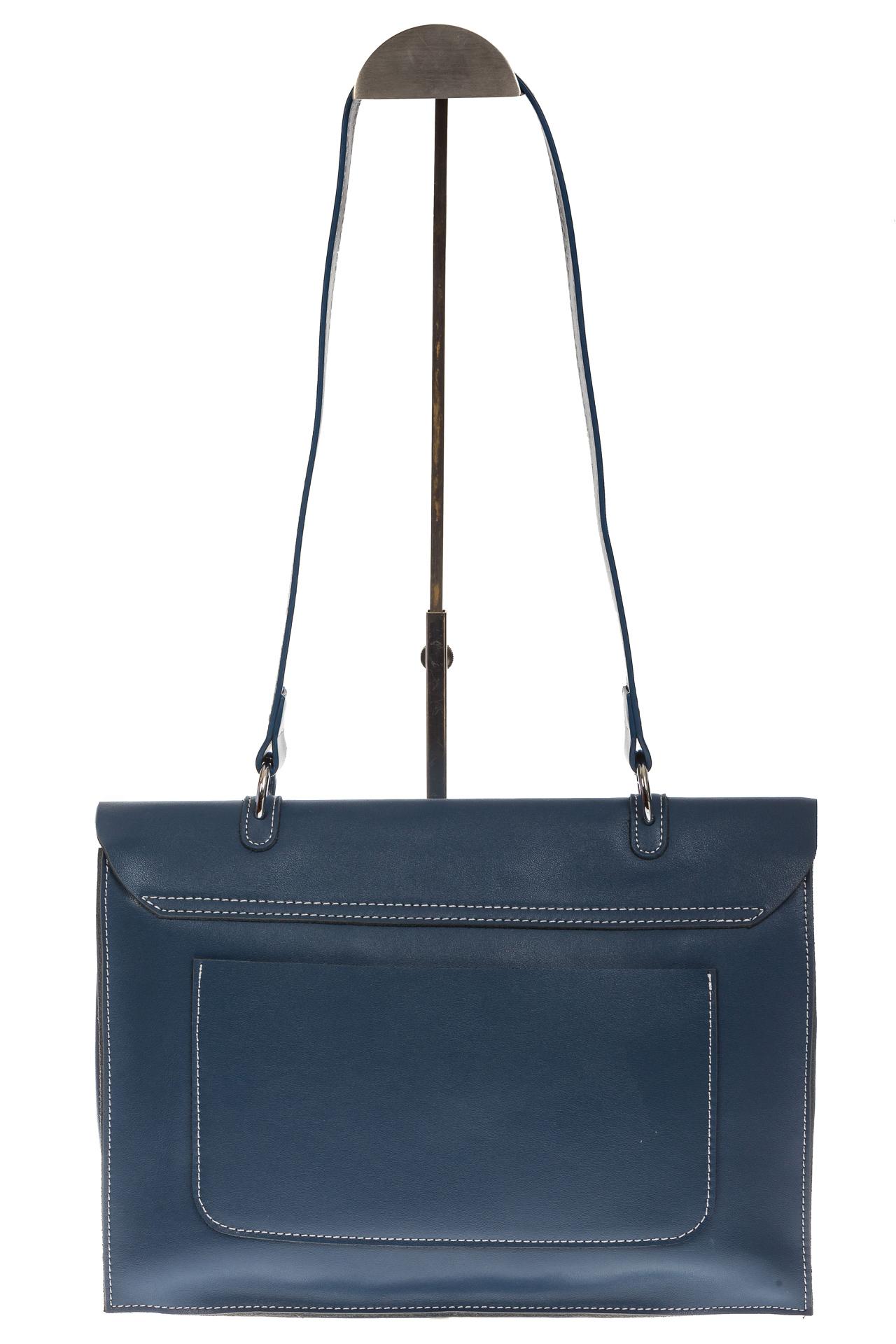 На фото 3 - Мягкая сумка из натуральной кожи серо-голубого цвета