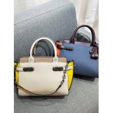 На фото 1 - Кожаная женская сумка-портфель, цвет молочный с жёлтым и бежевым