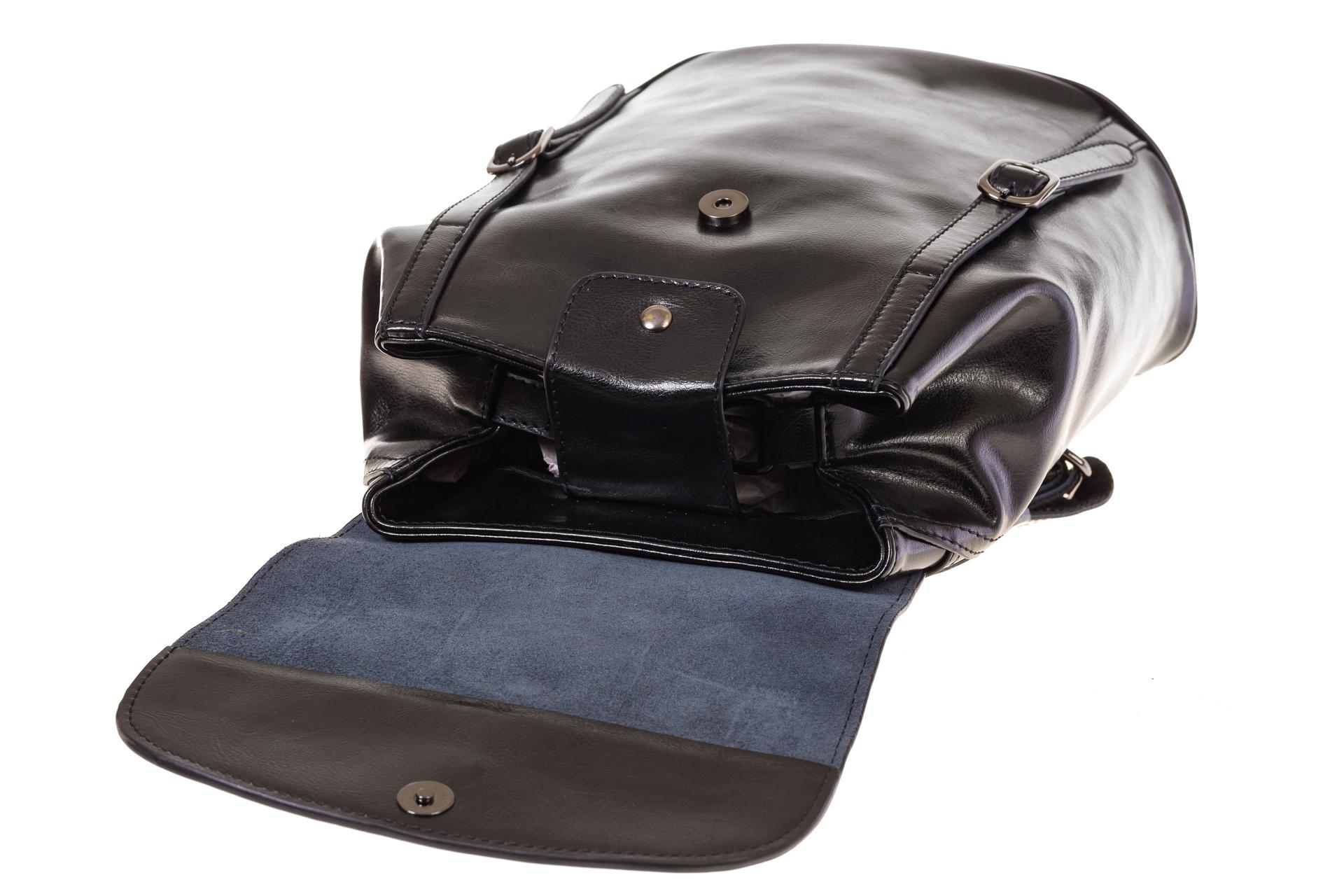 На фото 4 - Рюкзак-торба из натуральной кожи, цвет черный