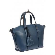 На фото 1 - Небольшая сумка-трапеция из натуральной кожи с подвеской-кисточкой, цвет синий