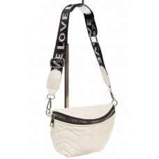 На фото 1 - Женская сумка-бананка из мягкой искусственной кожи, цвет белый