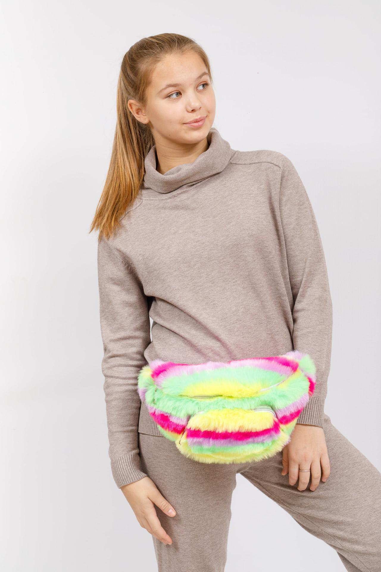 На фото 5 - Поясная женская сумка из искусственного меха, цвет желто-зеленый
