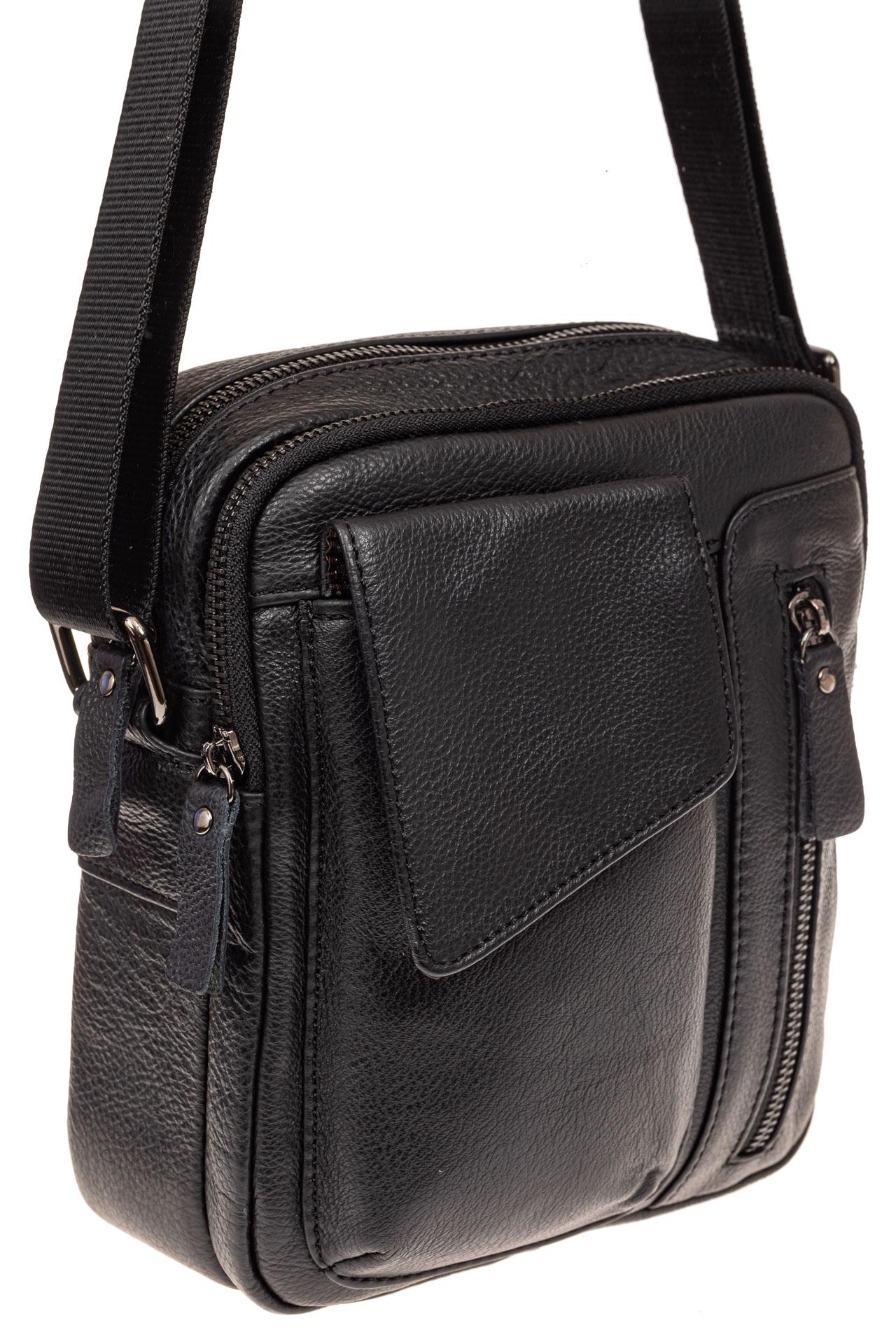 На фото 1 - Маленькая мужская сумка из кожи, цвет черный