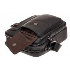 На фото 3 - Маленькая мужская сумка из кожи, цвет черный