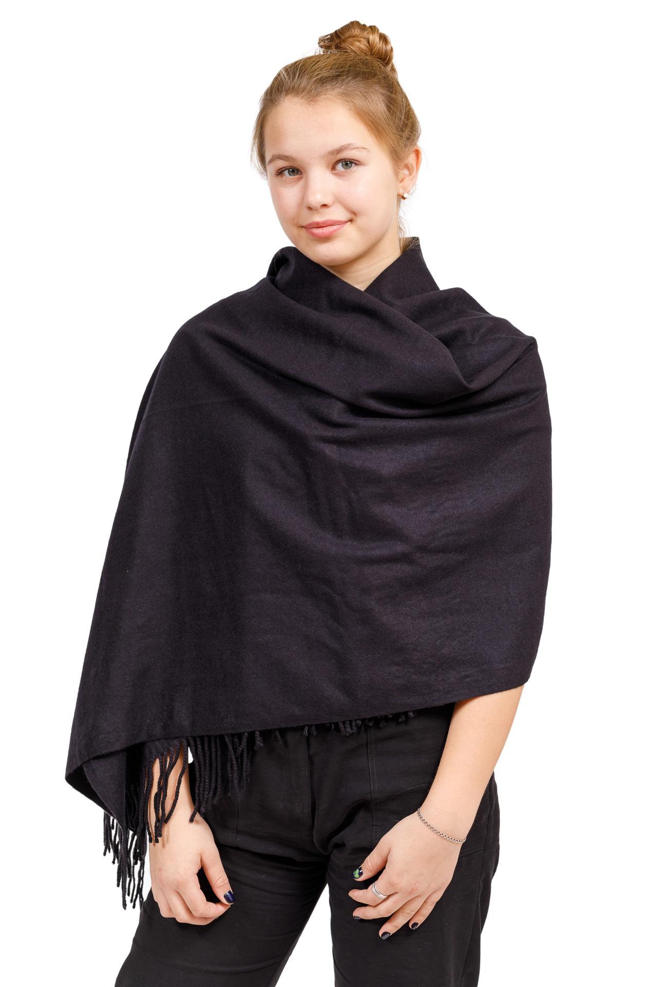 На фото 1 - Шарф-палантин из кашемира, цвет черный