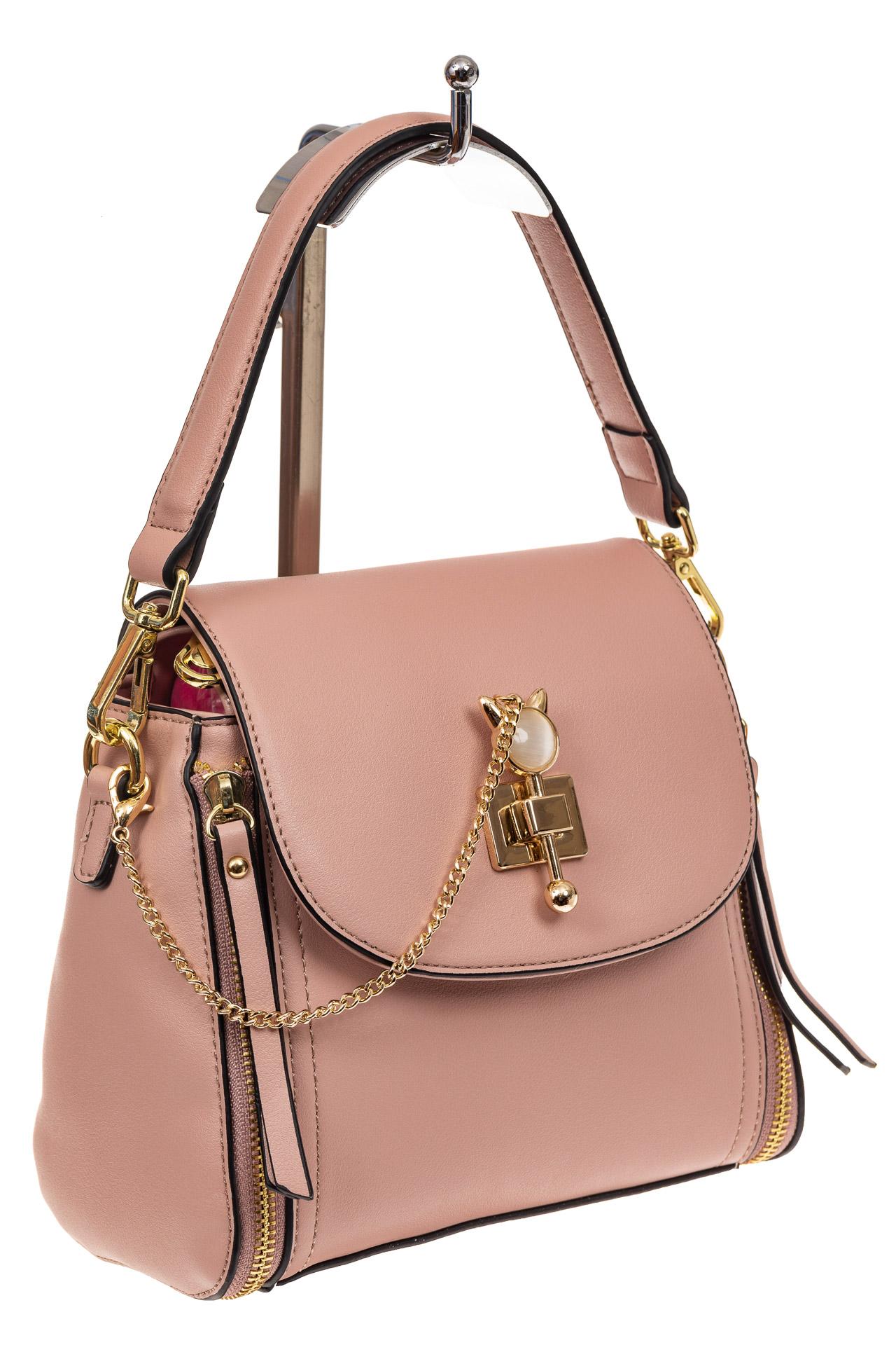 На фото 1 - Наплечная сумка из искусственной кожи с эффектным замком, цвет пудра