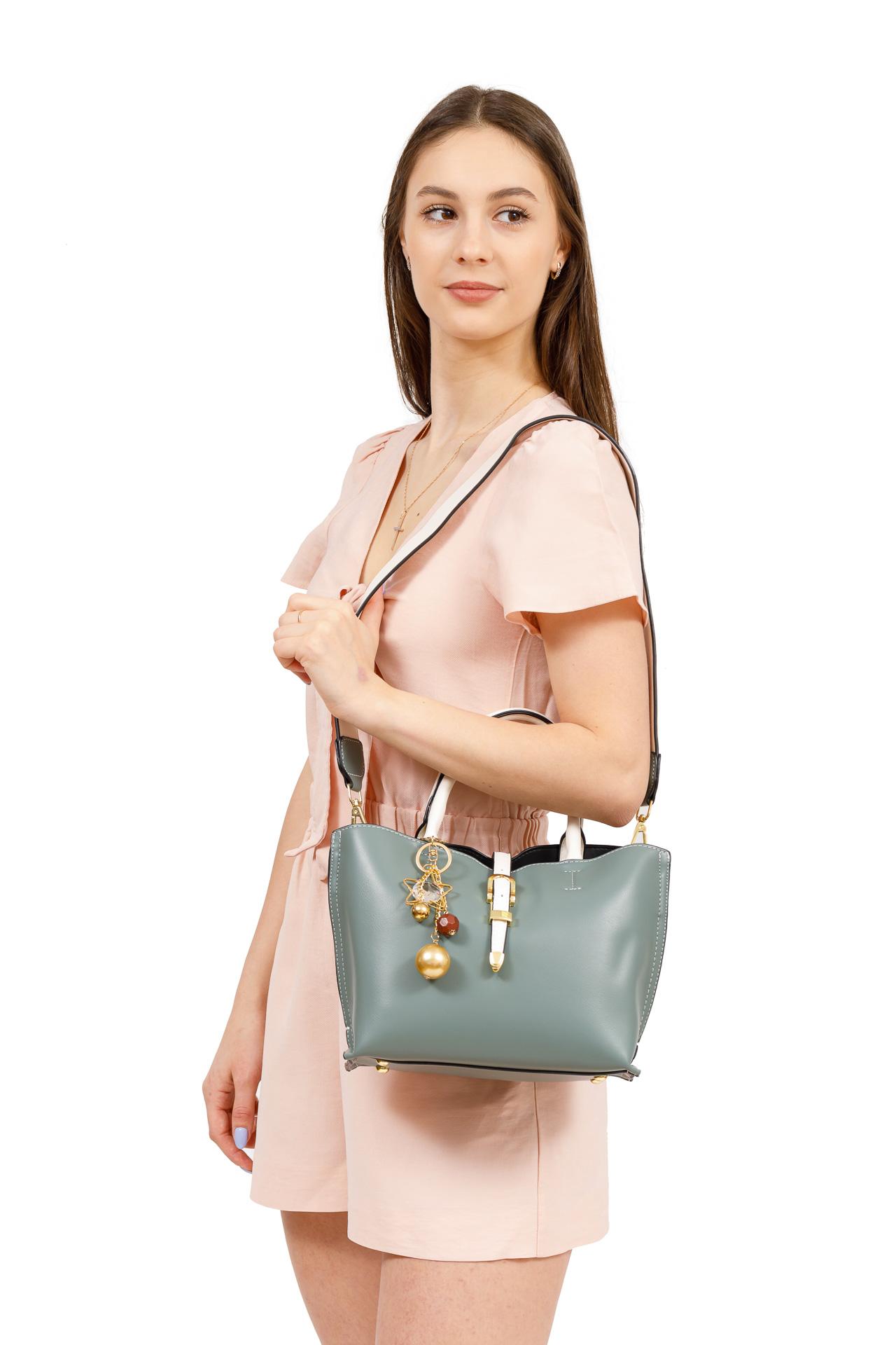 На фото 5 - Женская сумка тоут из искусственной кожи (экокожи), молочная