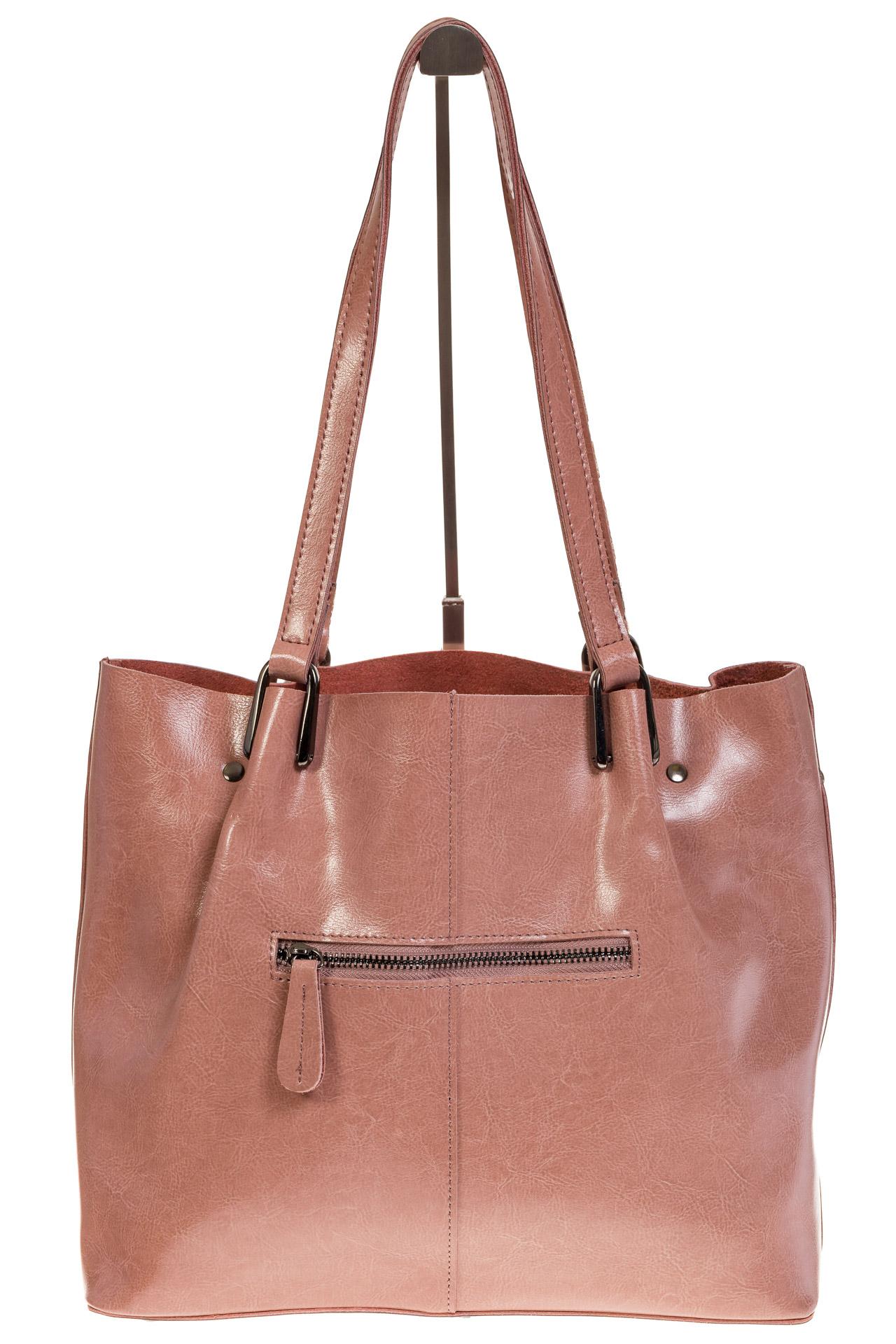 На фото 3 - Женский шоппер из натуральной кожи в цвете розовый