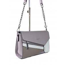 На фото 1 - Женская сумка кросс-боди из экокожи с разноцветными вставками, цвет бледно-сиреневый