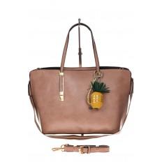 На фото 2 - Модный шоппер из искусственной кожи, цвет розовый