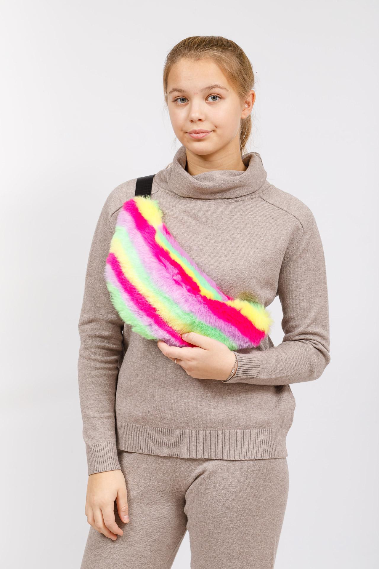 На фото 5 - Сумка на пояс женская из искусственного меха, цвет желто-зеленый