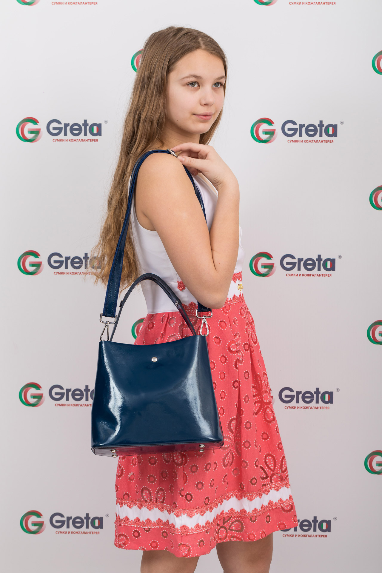 На фото 4 - Женская сумка шоппер из натуральной кожи, цвет синий