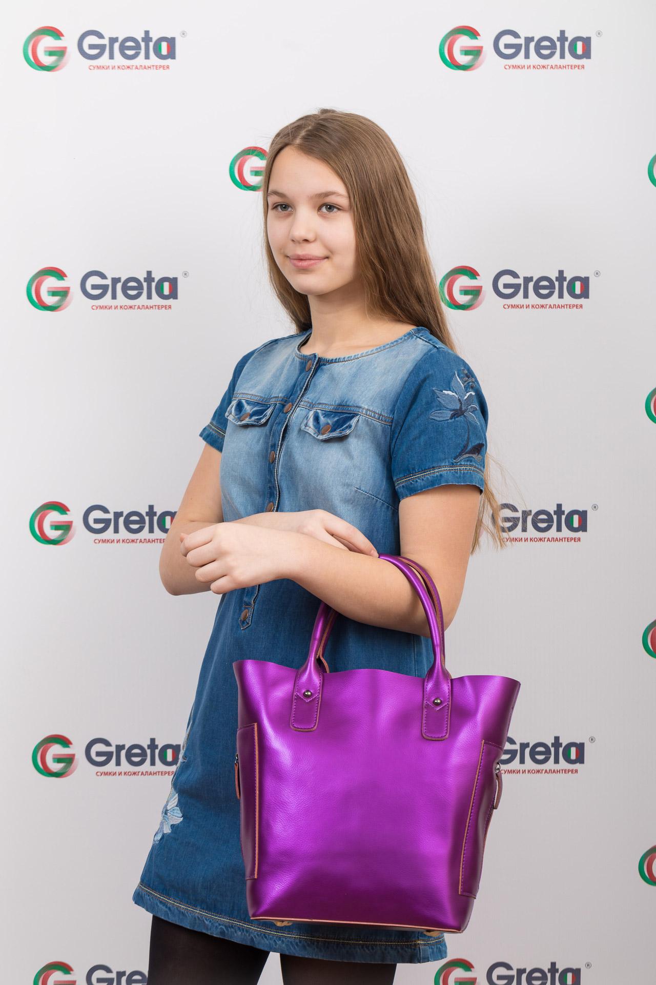 На фото 4 - Сумка шоппер из натуральной кожи, цвет фиолетовый
