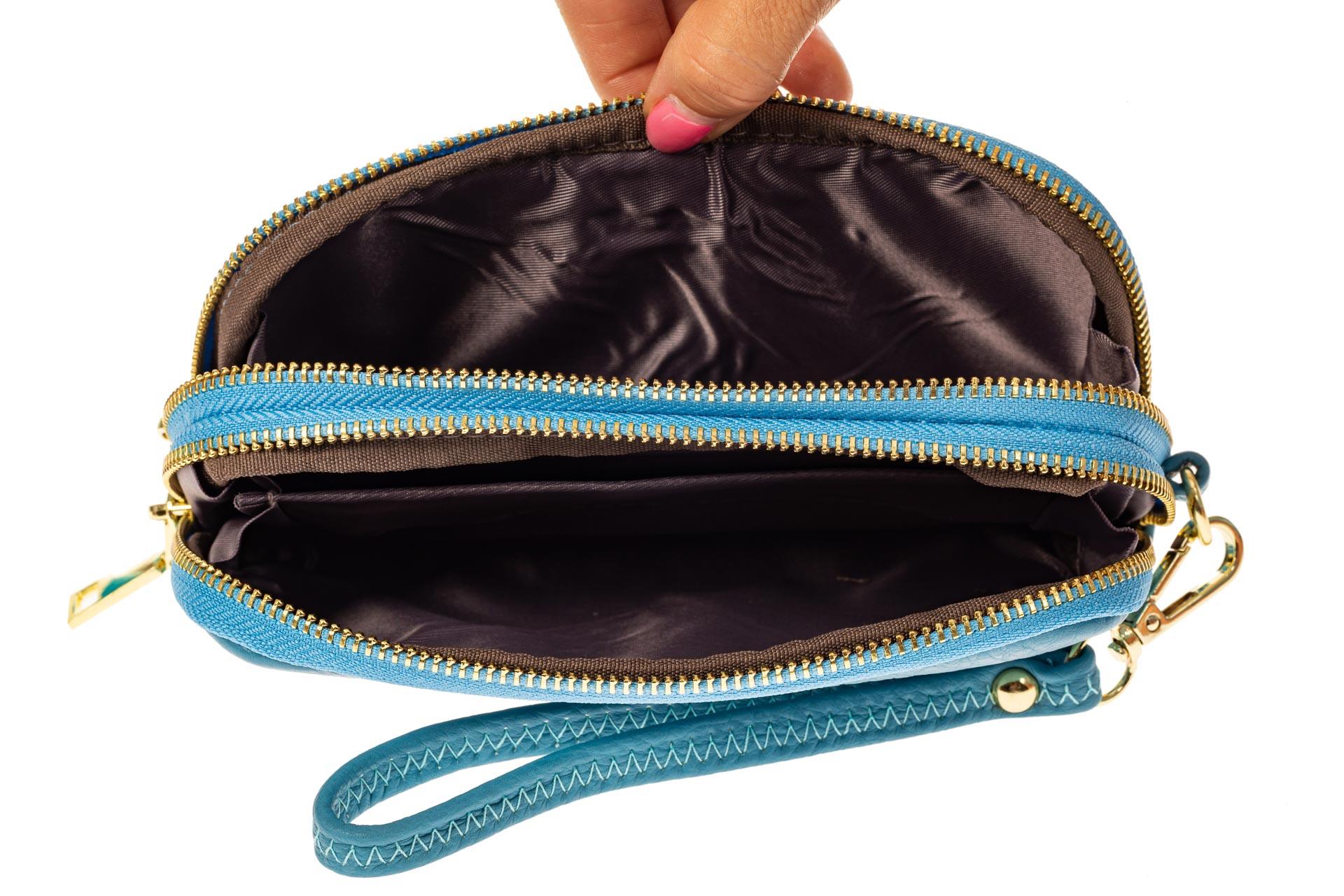 На фото 2 - Женский кошелек-клатч из искусственной кожи, цвет голубой