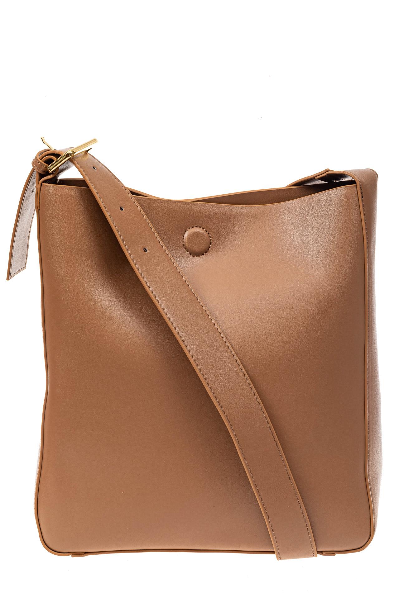 На фото 2 - Женская сумка-пакет из натуральной кожи, цвет бежевый