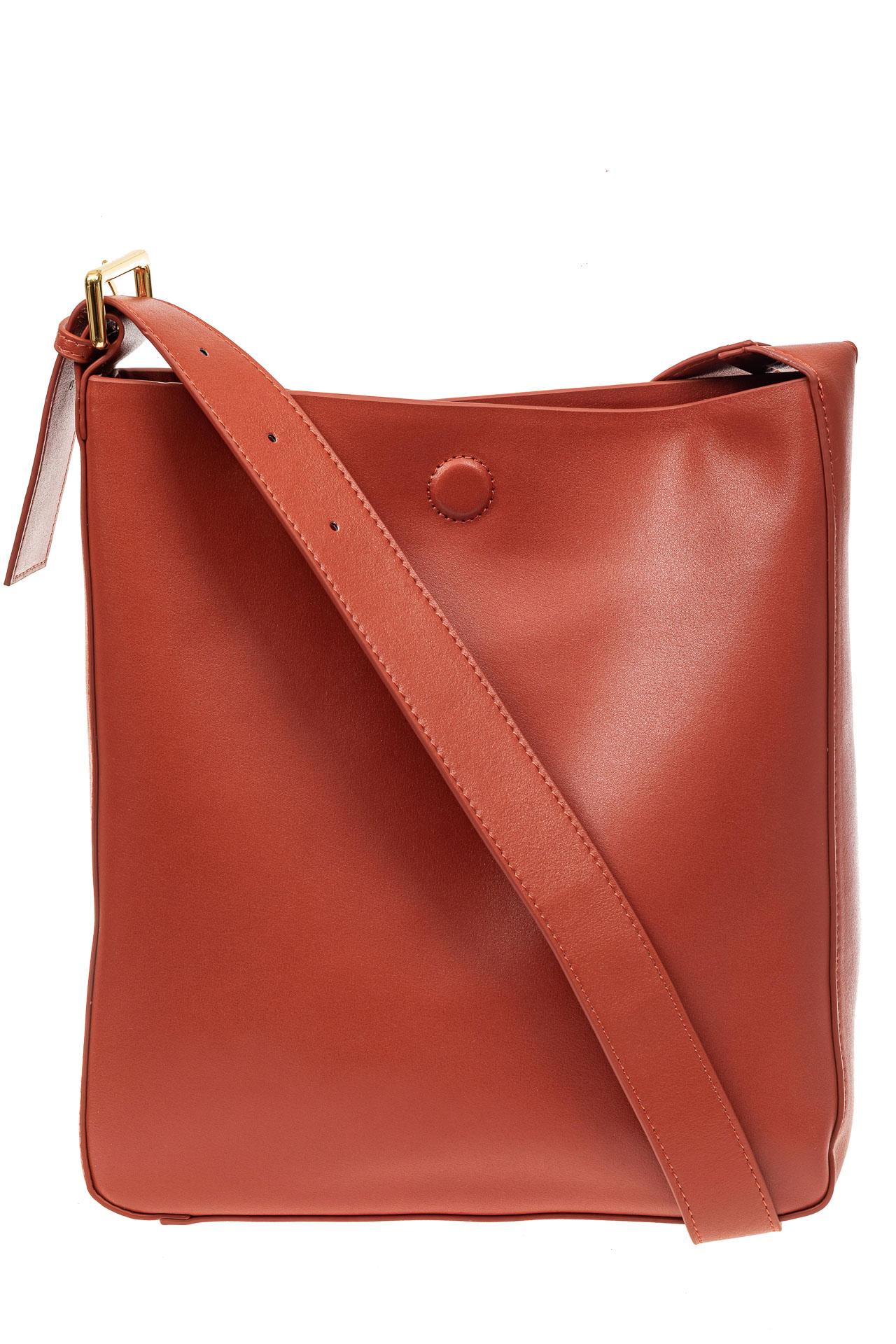 На фото 2 - Женская сумка-пакет из натуральной кожи, цвет кирпичный