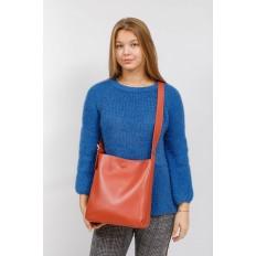 На фото 5 - Женская сумка-пакет из натуральной кожи, цвет кирпичный