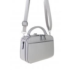 На фото 1 - Женская сумочка из гладкой экокожи с жёстким каркасом, цвет светло-серый