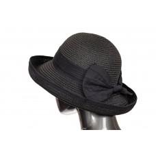 На фото 1 - Соломенная летняя шляпка черного цвета с бантом
