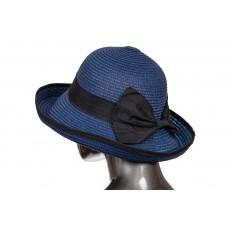 На фото 1 - Соломенная летняя шляпка синего цвета