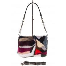На фото 2 - Женская сумка flap из натурального меха, малиновый мультицвет