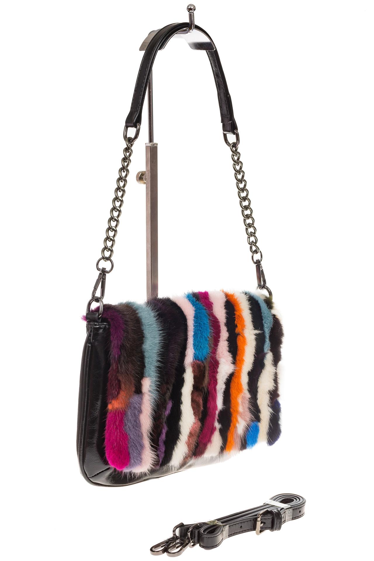 На фото 1 - Женская сумка flap из натурального меха, вертикальный мультицвет