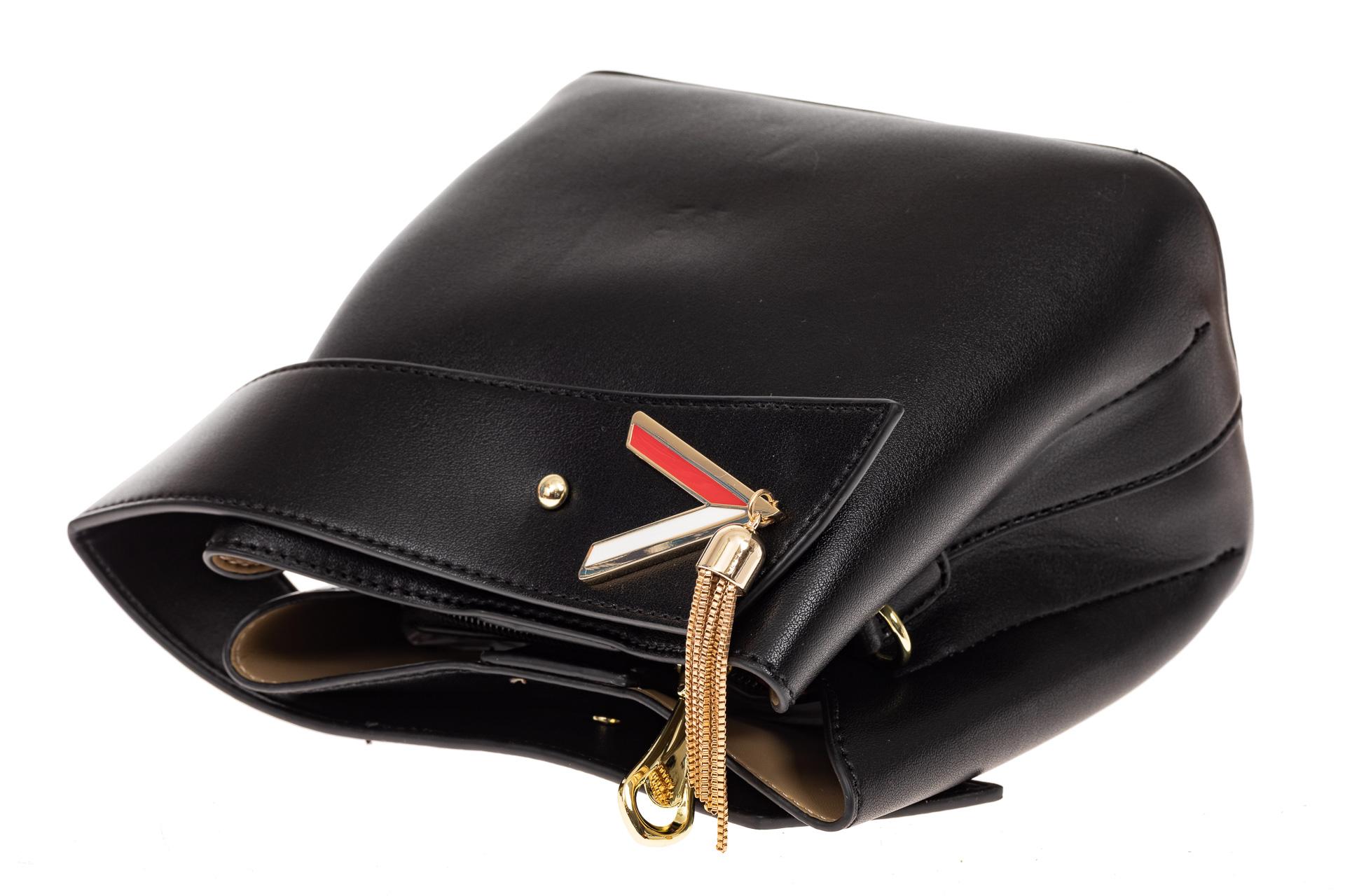 На фото 3 - Экстравагантная сумка из искусственной кожи, цвет черный