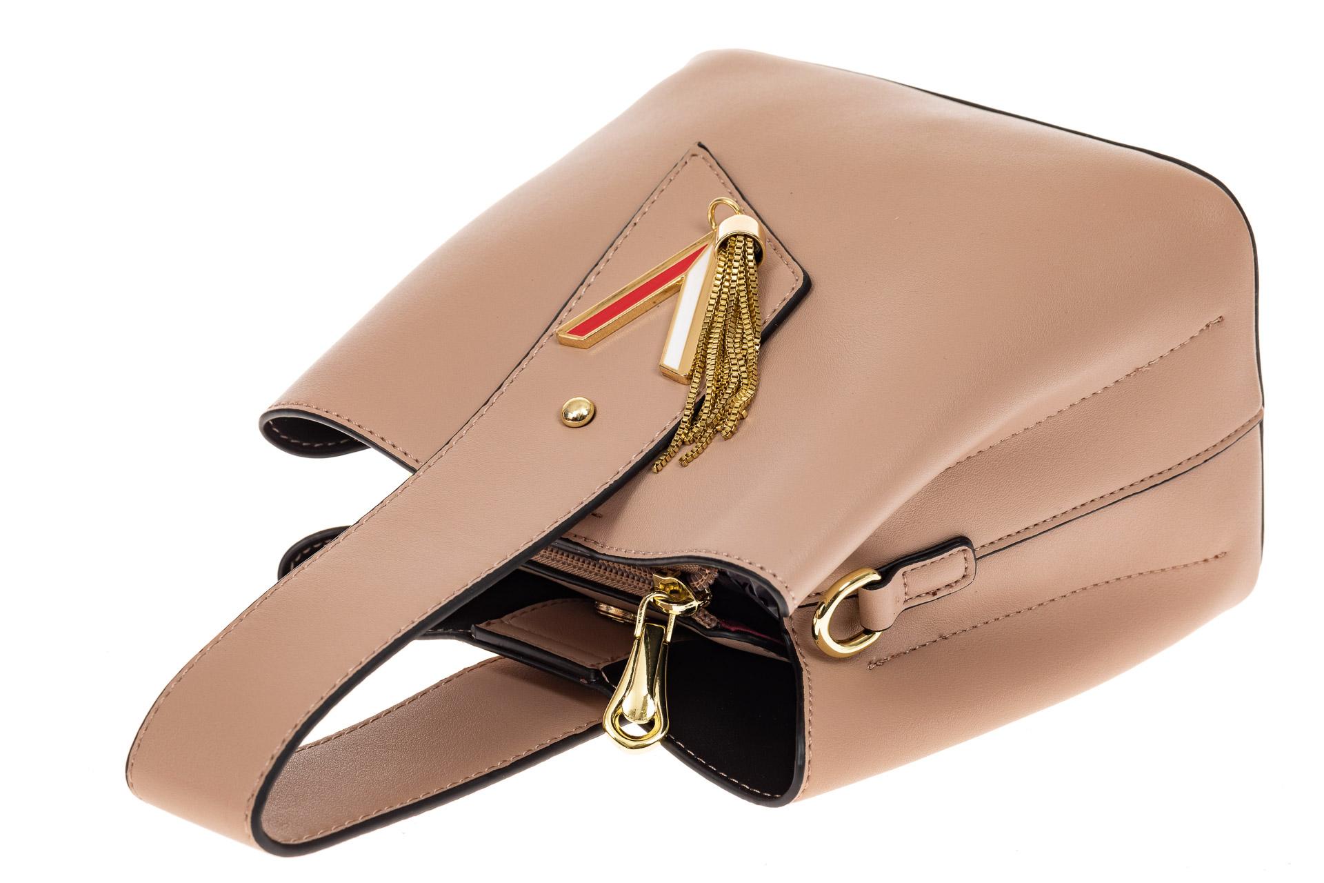 На фото 3 - Экстравагантная сумка из искусственной кожи, цвет бежевый