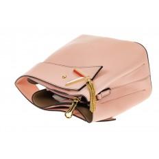 На фото 3 - Экстравагантная сумка из искусственной кожи, цвет розовый